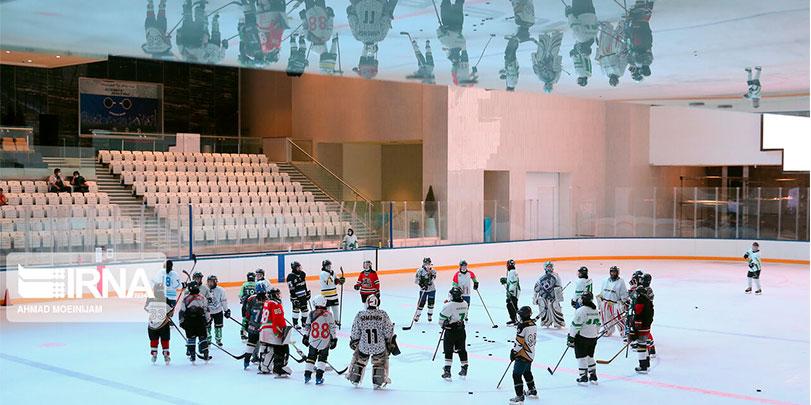 اولین دوره انتخابی تیم ملی هاکی روی یخ بانوان