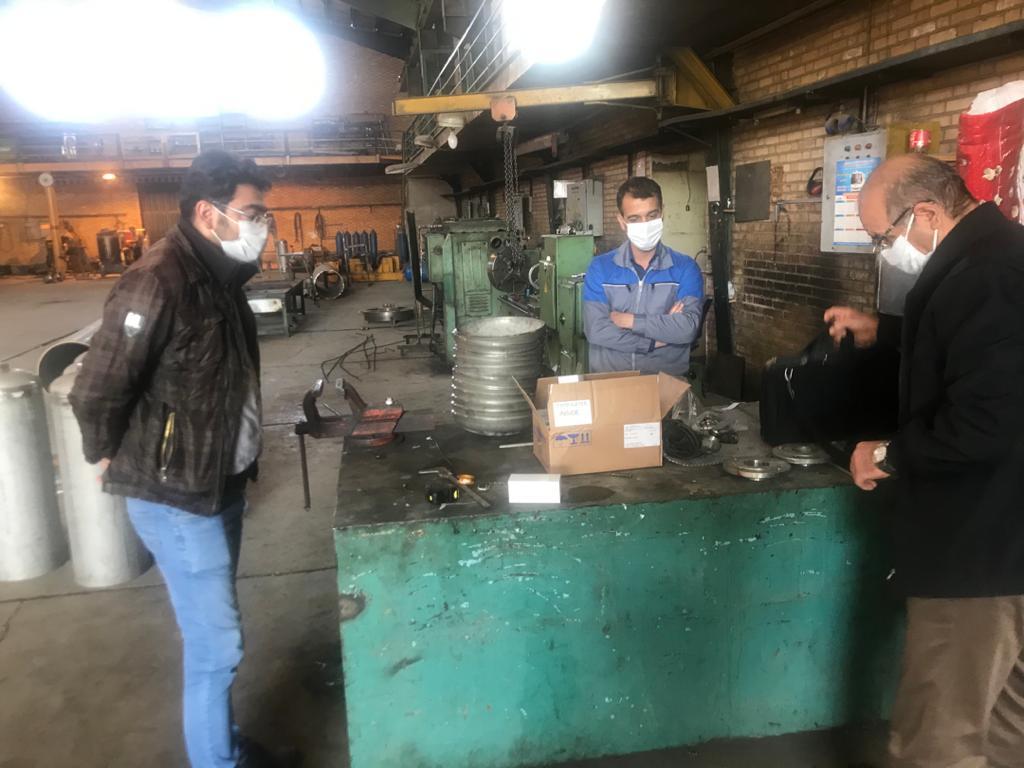 انجام بازرسی نهایی از ساخت سیلندرهای اتیلن اکساید توسط نماینده شرکت آریا SJS و شرکت پتروشیمی شازند و انجام تستهای مربوطه نظیر هیدرواستاتیک جهت تحویل سیلندرهای اتیلن اکساید
